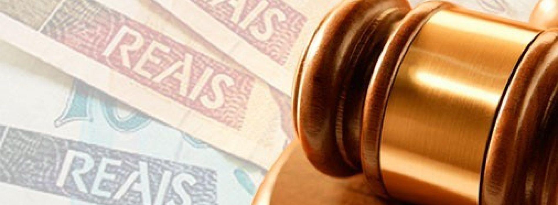 Justiça condena escola a pagar 30 mil reais a família de aluna.